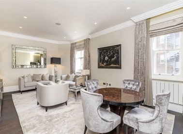 Properties for sale in Berkeley Street - W1J 8EB view1