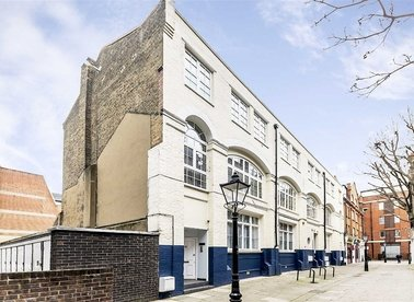 Boswell Court, London, WC1N