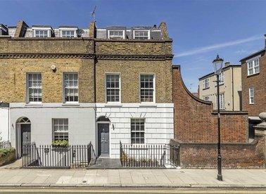 Properties for sale in Britten Street - SW3 3TU view1
