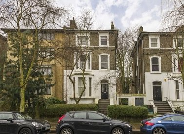 Caversham Road, London, NW5