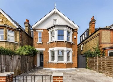 Properties for sale in Cedars Road - KT1 4BE view1