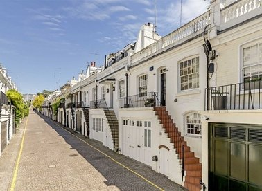 Properties for sale in Holland Park Mews - W11 3SX view1