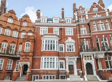 Properties for sale in Lennox Gardens - SW1X 0DB view1
