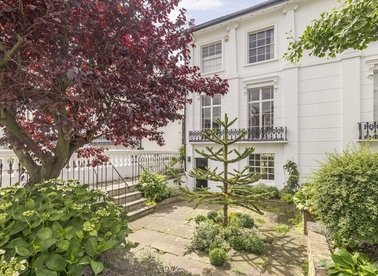 Properties for sale in Northchurch Road - N1 4EE view1