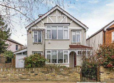 Properties for sale in Pensford Avenue - TW9 4HP view1