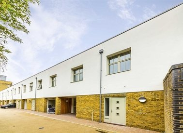 Properties for sale in Pickle Mews - SW9 0FJ view1
