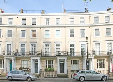Properties for sale in Royal Crescent - W11 4SL view1