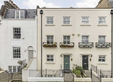 Properties for sale in South End Row - W8 5BZ view1