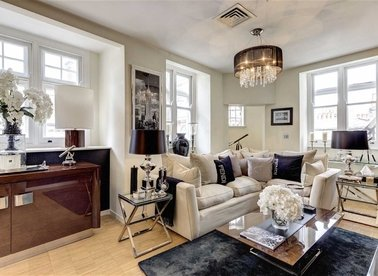 Properties for sale in Wardour Street - W1F 0UF view1