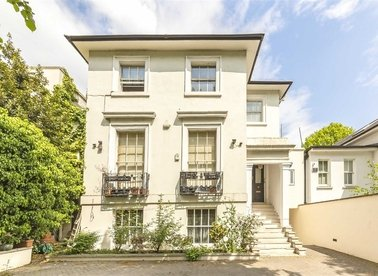 Properties for sale in Wellington Road - NW8 9SP view1