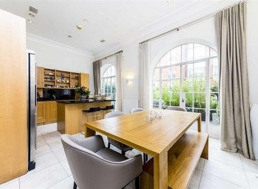 Properties to let in Coleridge Square - SW10 0RT view1