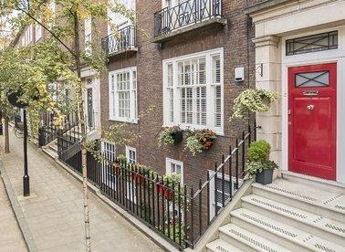 De Walden Street, London, W1G