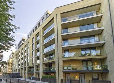 Properties to let in Goldsmiths Row - E2 8GN view1