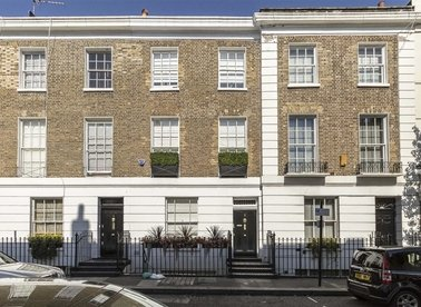 Properties to let in Lincoln Street - SW3 2TS view1