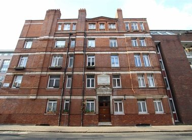 Properties to let in Red Lion Square - WC1R 4SE view1