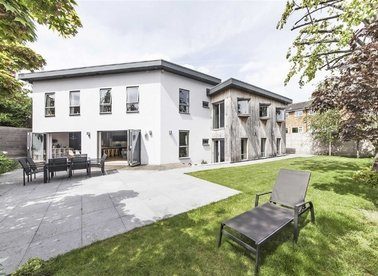 Properties to let in Sunnyside - SW19 4SL view1