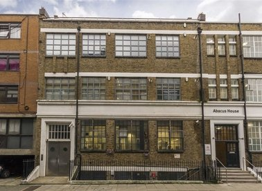 Whiskin Street, London, EC1R