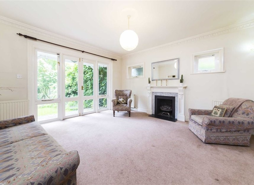 Properties for sale in Ailsa Road - TW1 1QW view2