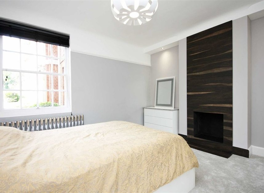 Properties for sale in Bromyard Avenue - W3 7JD view4