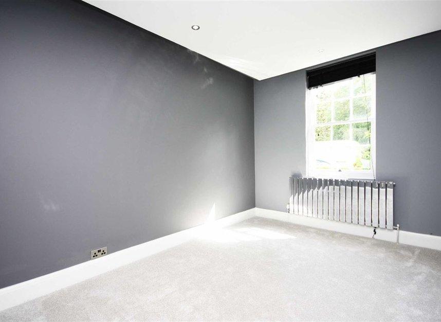 Properties for sale in Bromyard Avenue - W3 7JD view5
