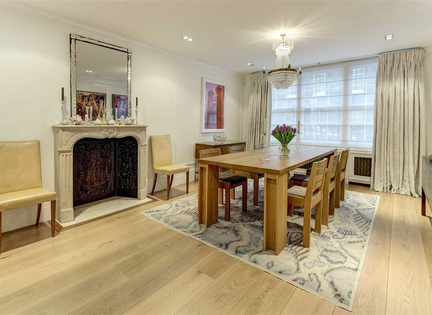 Properties for sale in Buckingham Place - SW1E 6HR view6