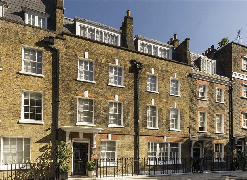 Properties for sale in Buckingham Place - SW1E 6HR view2