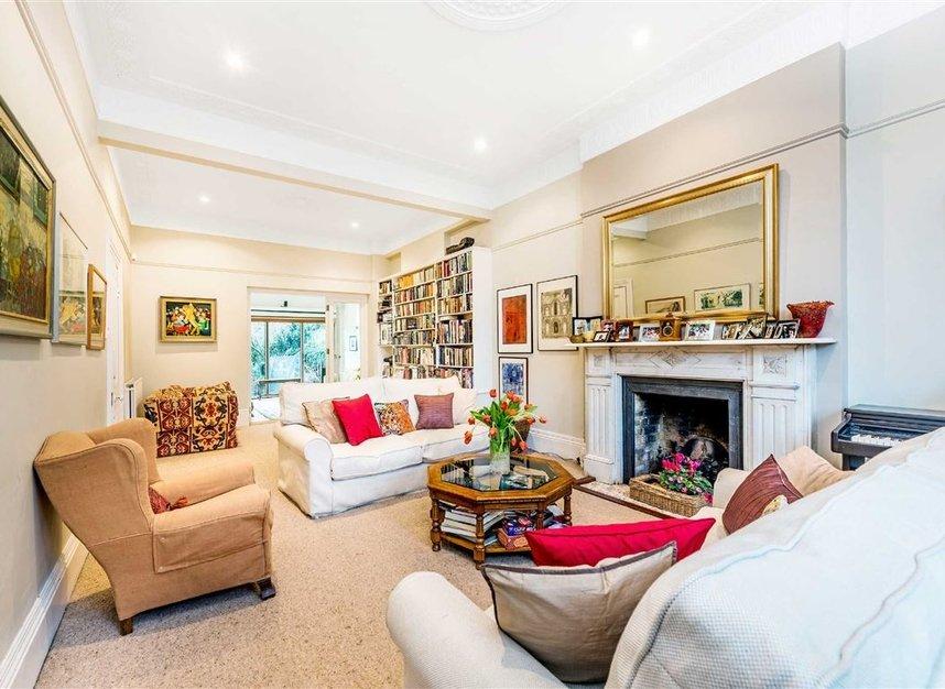 Properties for sale in Castelnau - SW13 9EX view4