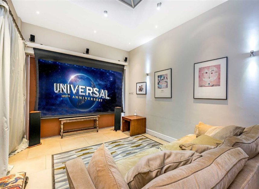 Properties for sale in Castelnau - SW13 9EX view3