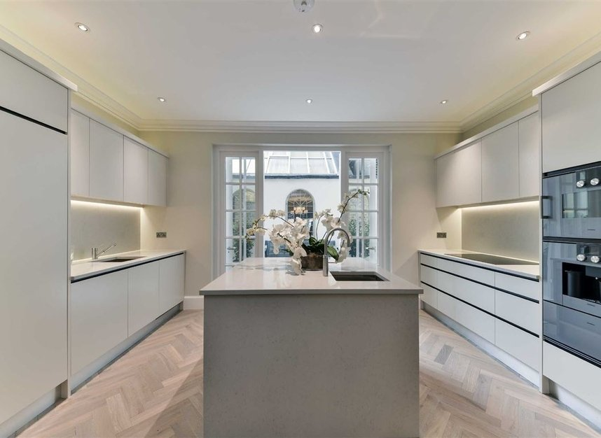 Properties for sale in Chesterfield Hill - W1J 5BH view4