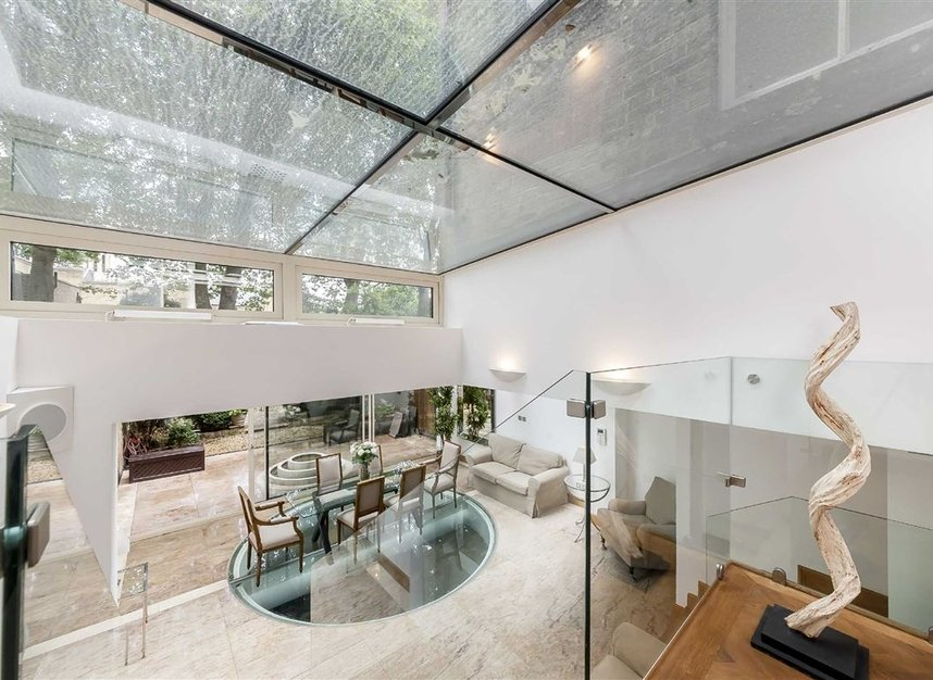 Properties for sale in Cheyne Place - SW3 4HH view3