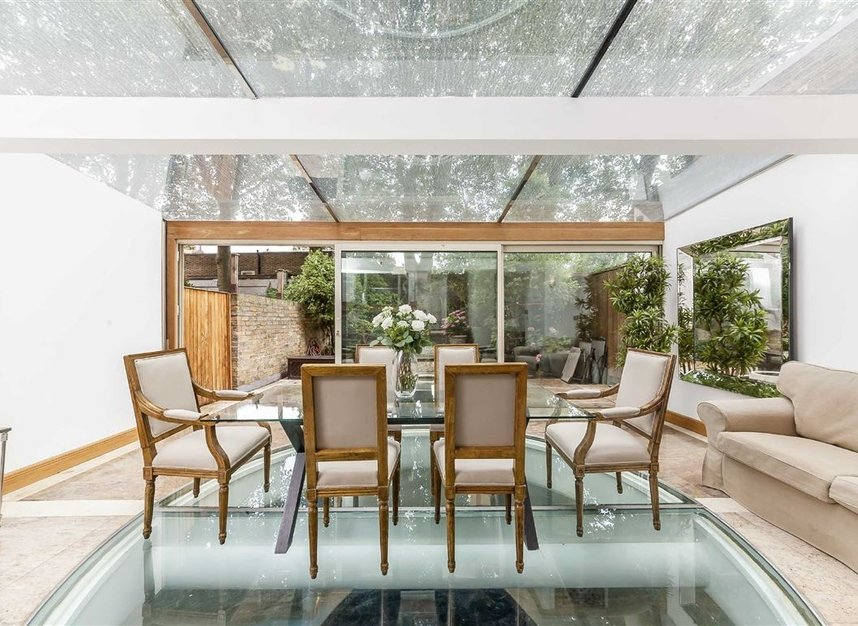 Properties for sale in Cheyne Place - SW3 4HH view7