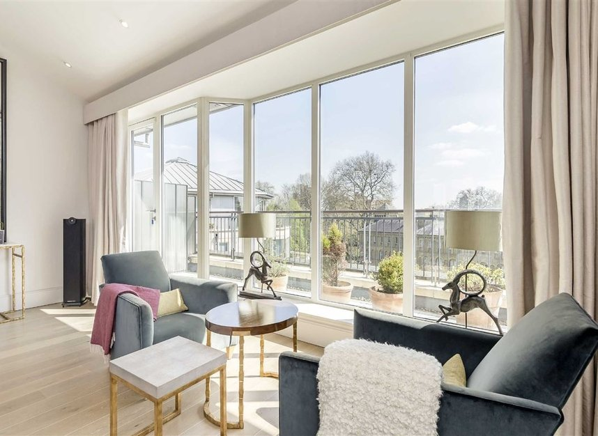 Properties for sale in Coleridge Gardens - SW10 0RD view2
