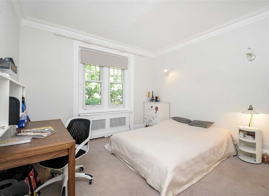 Properties for sale in Draycott Place - SW3 2SA view3