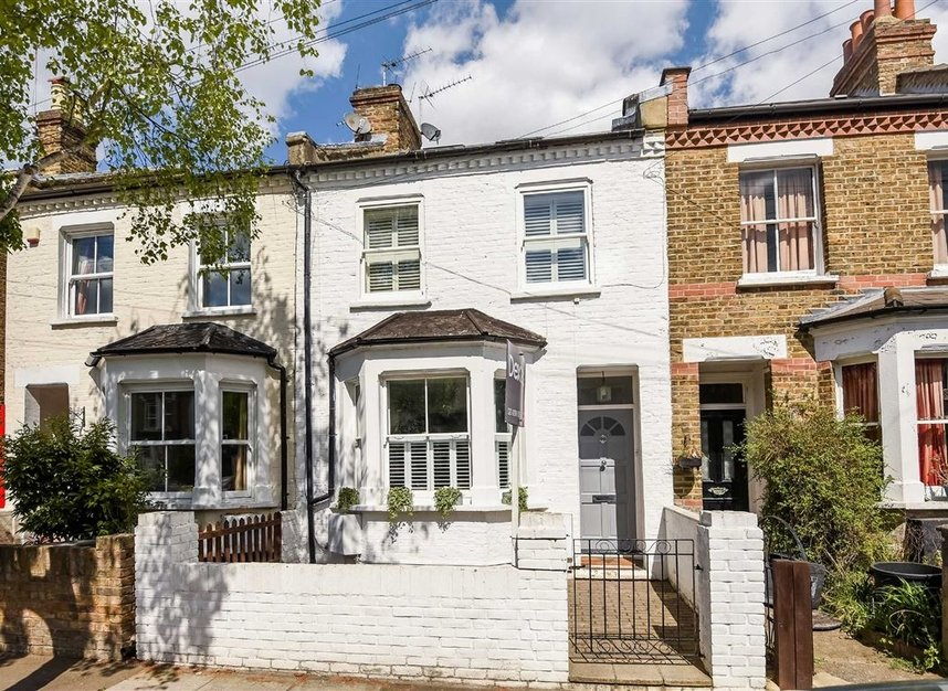 House For Sale In Fulwell Road Teddington TW11
