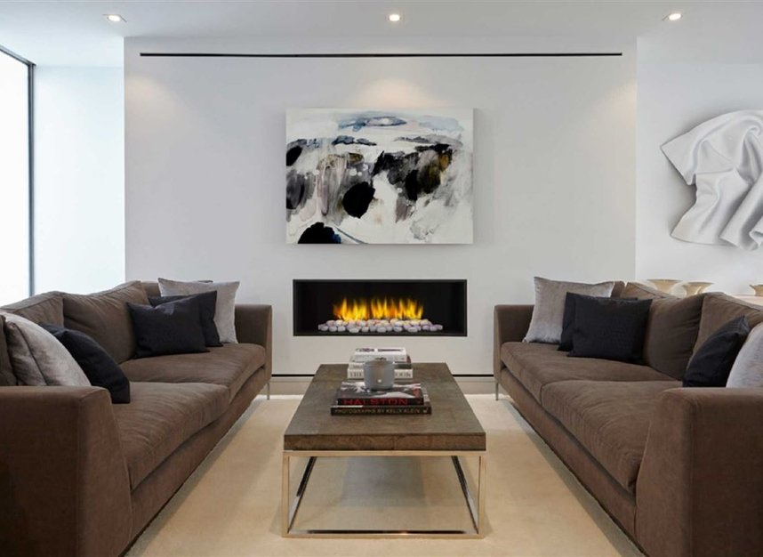 Properties for sale in Ladbroke Grove - W11 2HE view2