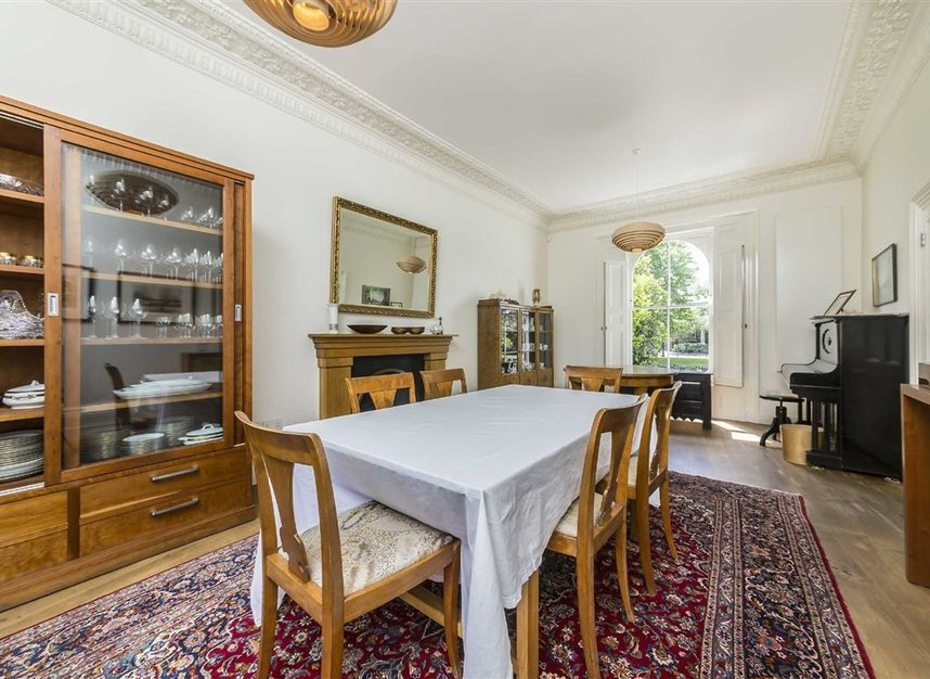 Properties for sale in Lansdowne Gardens - SW8 2EQ view4