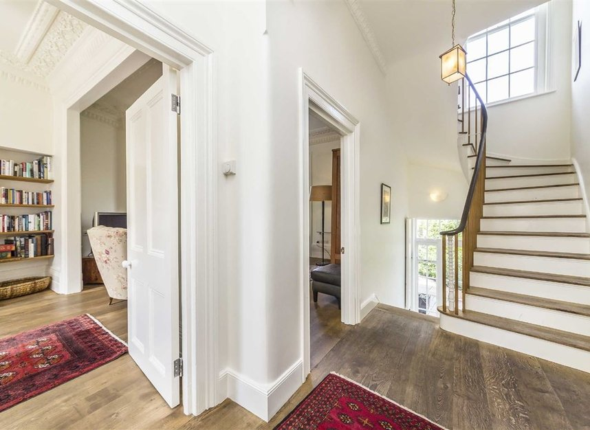 Properties for sale in Lansdowne Gardens - SW8 2EQ view5