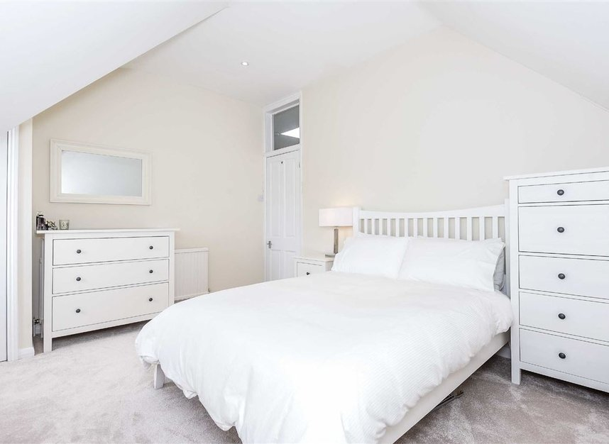 Properties for sale in Leopold Road - SW19 7JE view5
