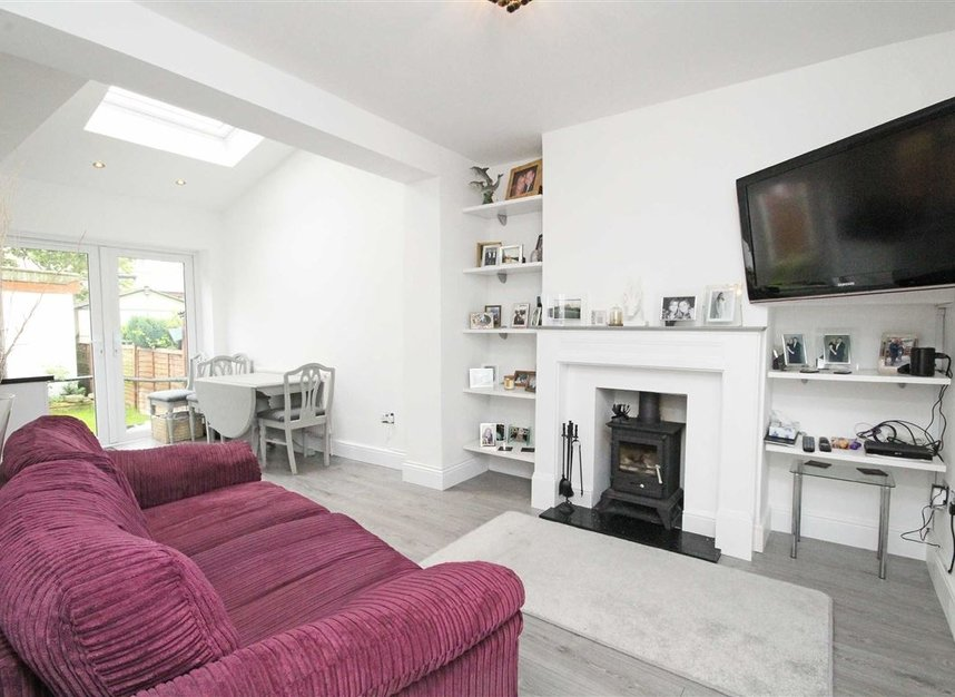 Properties for sale in Lisbon Avenue - TW2 5HL view2