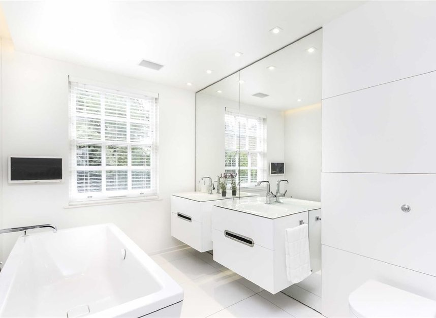 Properties for sale in Marlborough Place - NW8 0PT view6