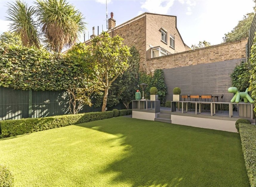 Properties for sale in Marlborough Place - NW8 0PT view7