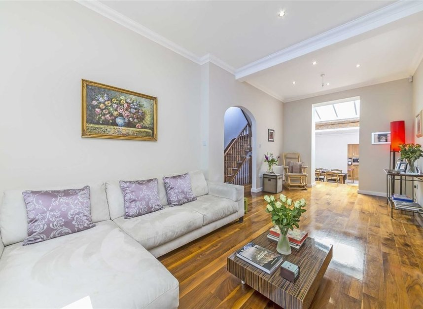 Properties for sale in Napier Road - W14 8LQ view2
