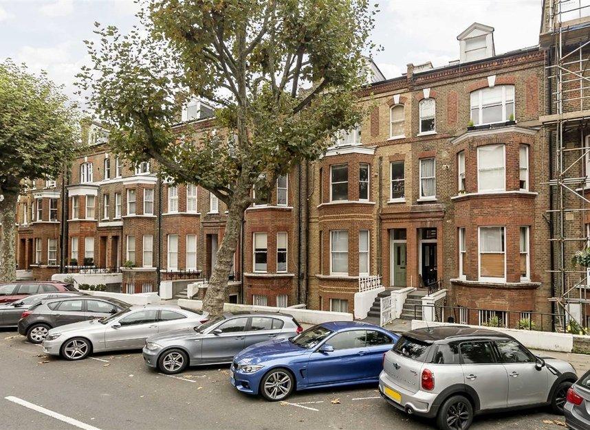 Randolph Avenue, London, W9