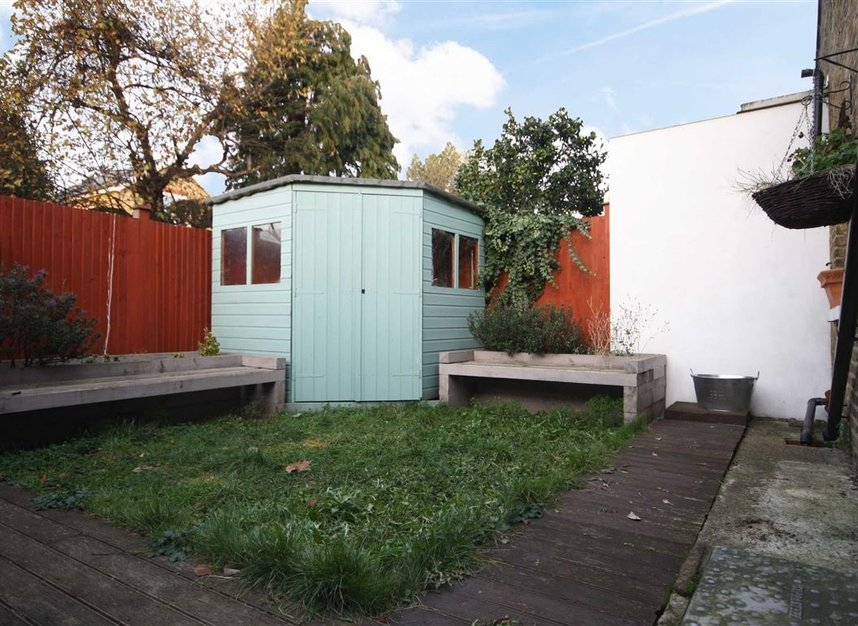 Flat For Sale In Richmond Park Road Kingston Upon Thames