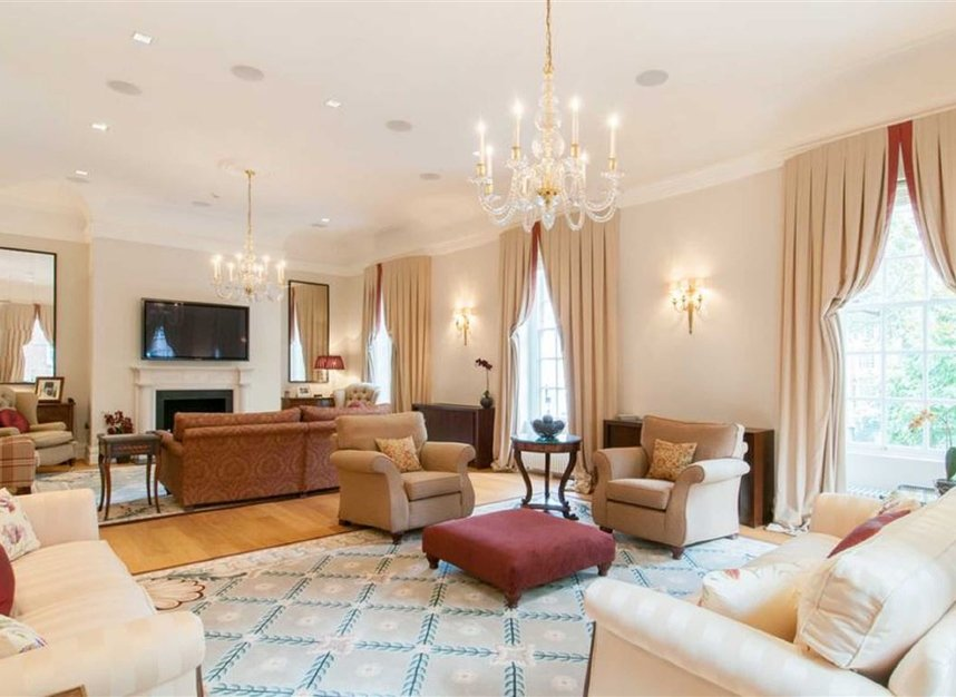 Properties for sale in Smith Square - SW1P 3HL view3