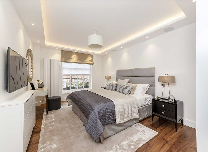 Properties for sale in South Audley Street - W1K 2QE view7