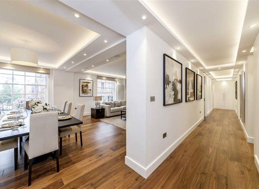 Properties for sale in South Audley Street - W1K 2QE view3