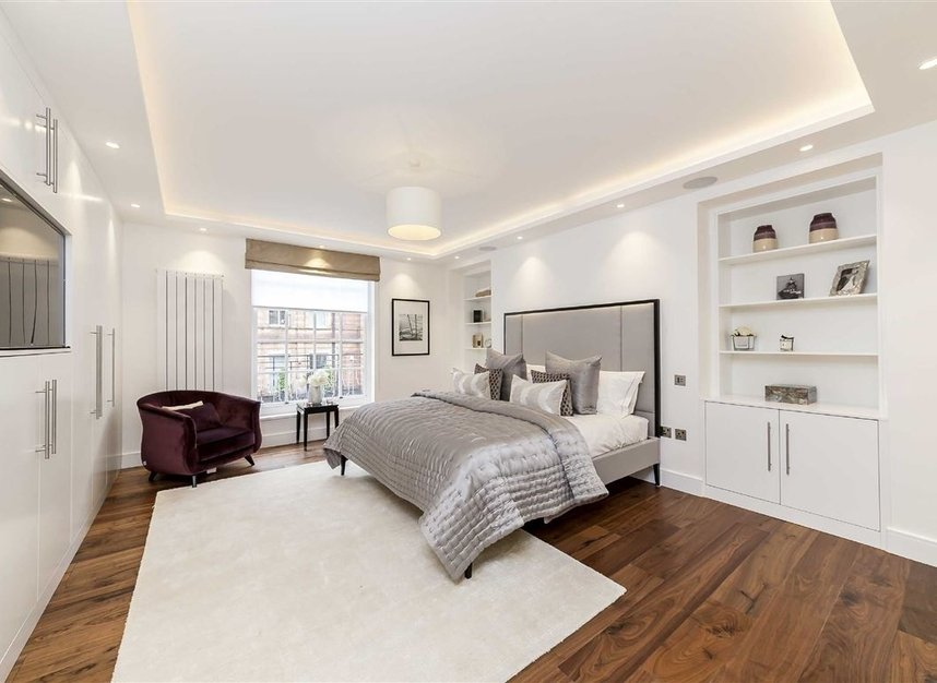 Properties for sale in South Audley Street - W1K 2QE view5