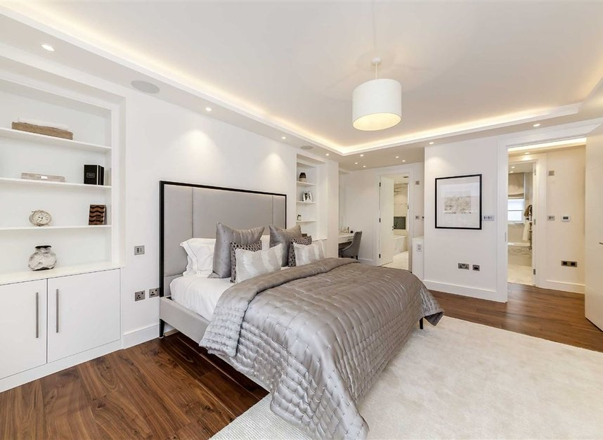 Properties for sale in South Audley Street - W1K 2QE view6