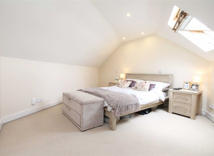 Properties for sale in St. Margarets Road - TW1 2LJ view3